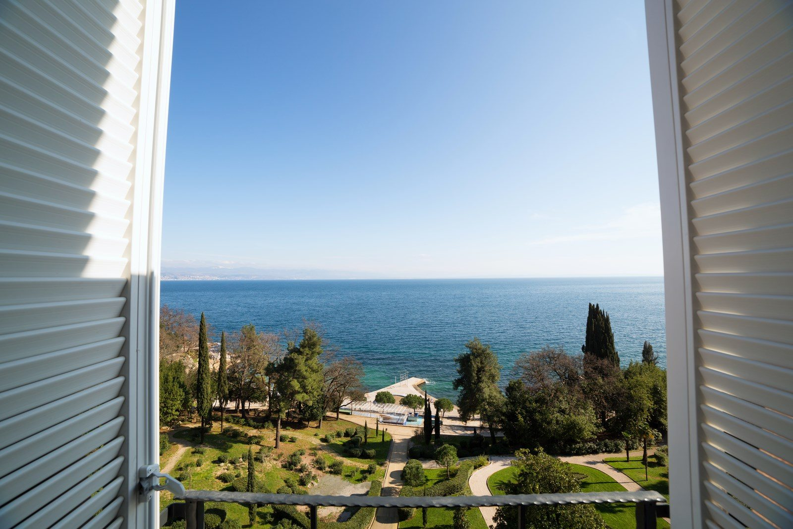 Double Room with King Size Bunk Bed 14 m² Sea View